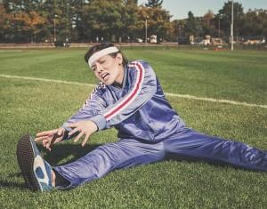 athlete_stretching